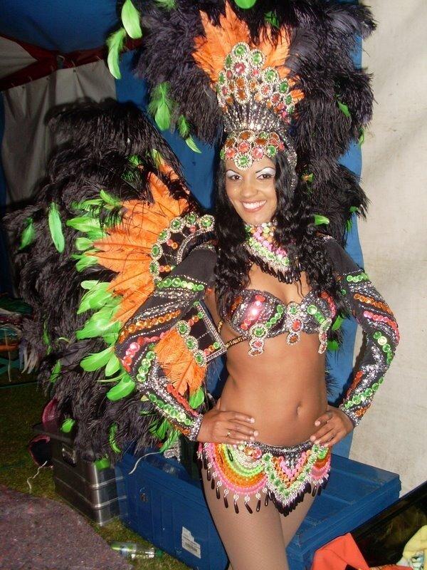 Как сделать костюм на карнавале 142