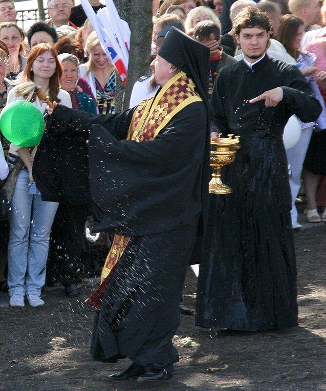 http://img-fotki.yandex.ru/get/5105/igorkomarov.c/0_37176_1d73f463_XL.jpg