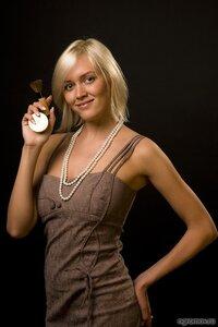 Визажист (блондинка, визажист)