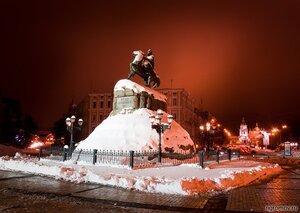 Памятник Богдану Хмельницкому (Богдан Хмельницкий, зима, Киев, памятник, фонарь)