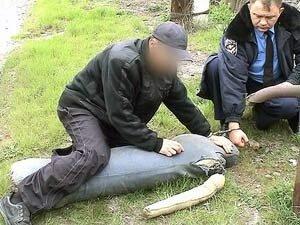 Убил и закопал труп. На своём приусадебном участке