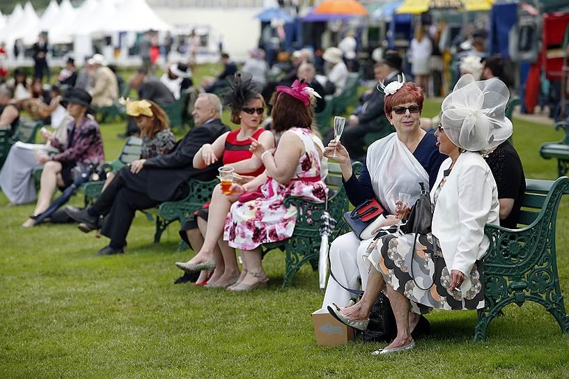 «День леди»: парад шляпок на скачках Royal Ascot 2016 0 165a2b be0f83ed orig