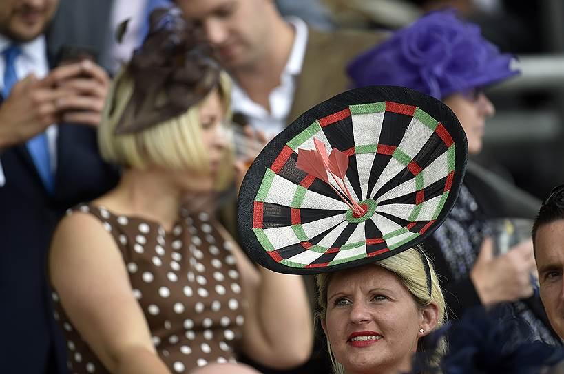 «День леди»: парад шляпок на скачках Royal Ascot 2016 0 165a2d 5eff827e orig