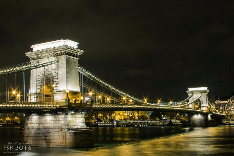 night_budapest-19.jpg