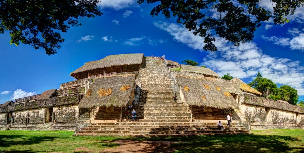 © 200mm Photography  Среди саванн иджунглей высятся культовые сооружения древнейшей цивилизац