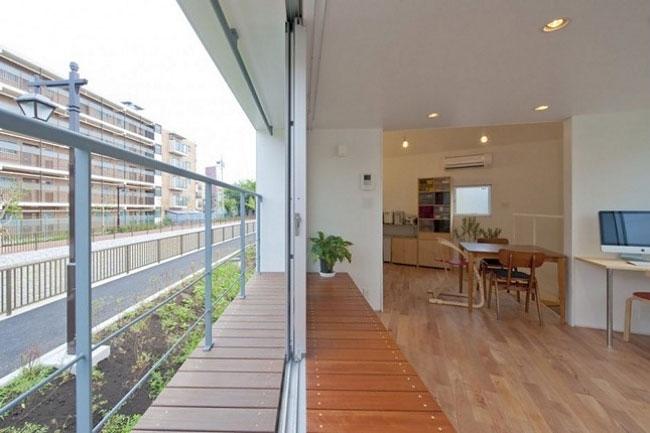 Миниатюрный и узкий дом, спроектированный японским архитектурным бюро Mizuishi
