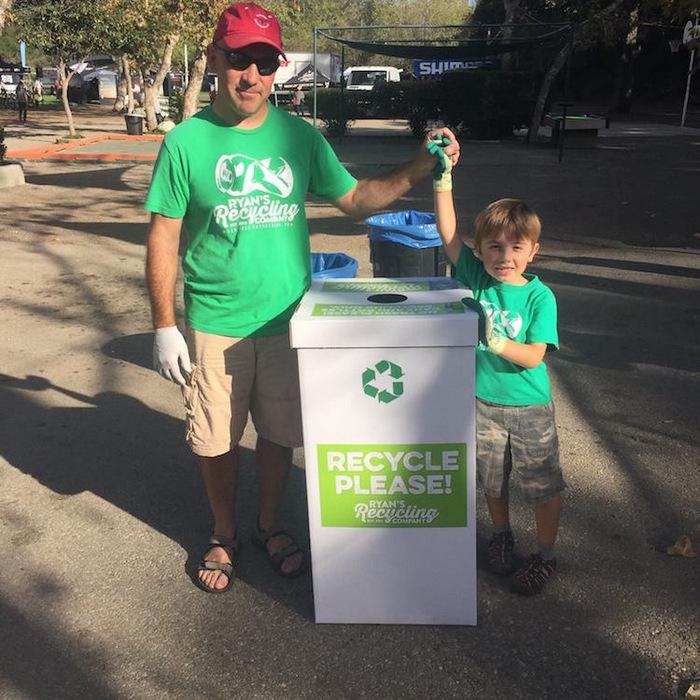 7-летний мальчик основал компанию по переработке отходов и уже заработал 10 тысяч долларов на колледж (10 фото)