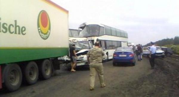 В итоге ДТП вВоронежской области пострадали восемь человек