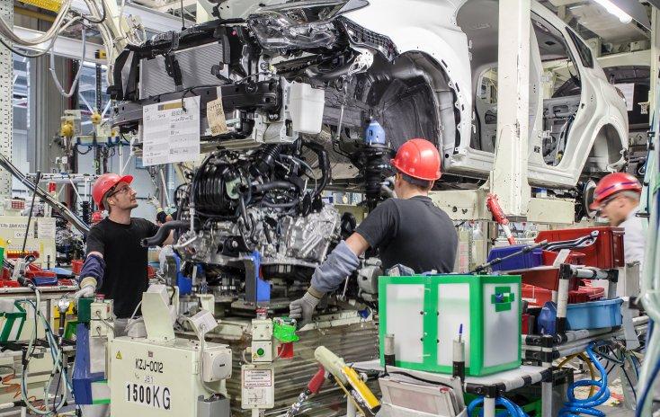 Налажено производство улучшенного Тойота RAV4 вРФ