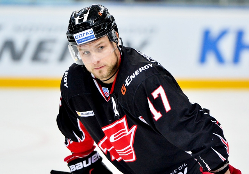 Хоккеиста омского «Авангарда» Соботку увезли наскорой после матча