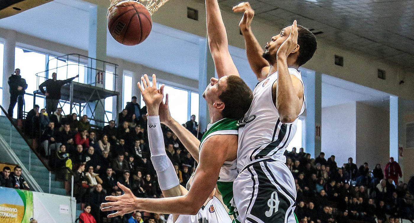 Баскетболисты УНИКСа обыграли «Автодор» вматче Единой лиги ВТБ