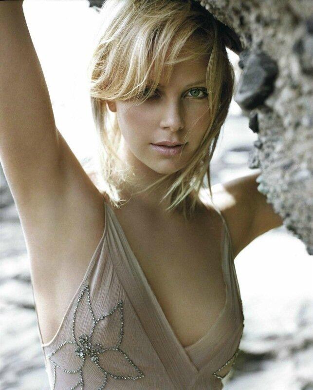 Шарлиз Терон (Charlize Theron) — фотографии