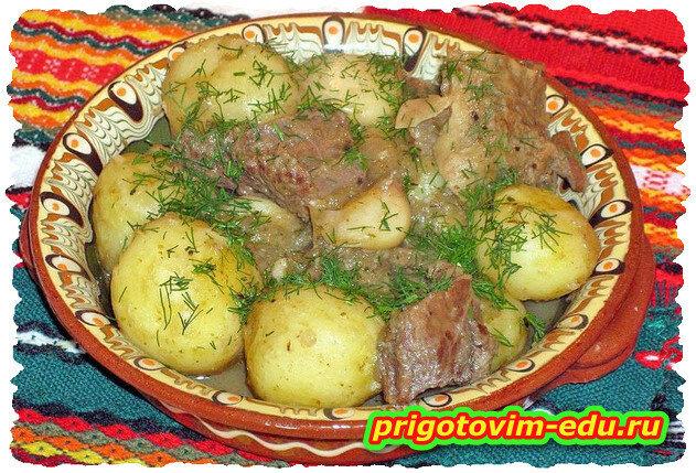 Картошка тушеная с мясом. Видео рецепт
