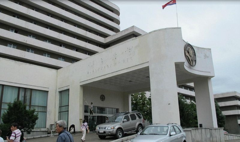 Самый престижный «6 звездочный» отель Северной Кореи Фотографии