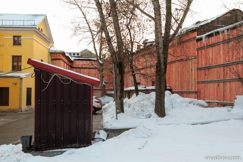 Двор усадьбы Рынкевича