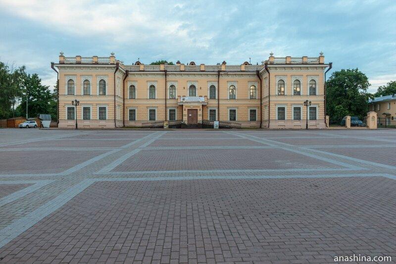 Музей кружева (бывший Госбанк), Вологда