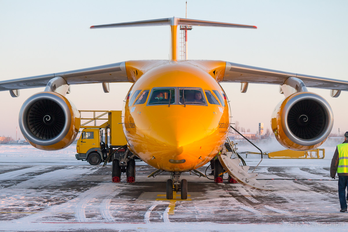 Ан-148 Саратовские авиалинии RA-61705 фото 6