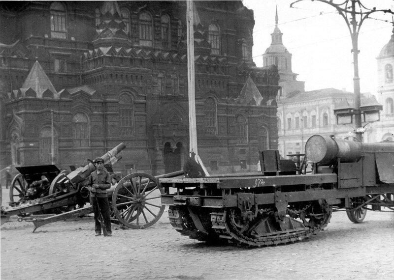 508137 Выставка трофеев гражданской войны на Красной площади.jpg