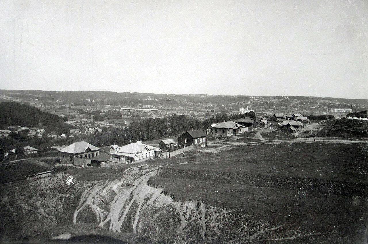Вид на Энгельгардтовскую улицу и Заднепровье. 1901