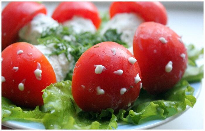 легкая закуска из помидор с творогом и чесноком фото рецепт