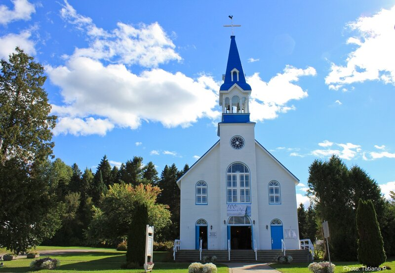 Храм небесно-голубой