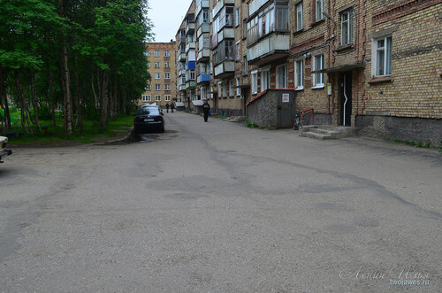 Фото города Инта №8078  ДВор (восточная сторона дома) воркутинской 2 02.07.2015_17:12