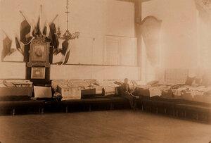 Вид части экспозиции с работами учащихся Читинской женской гимназии.
