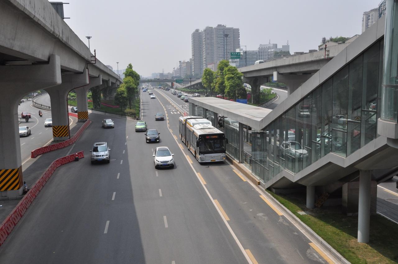 Линия BRT в Ченду