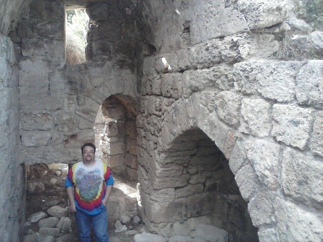 08. Внутри крепости