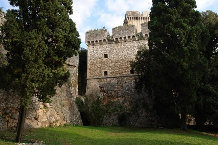 Nei Pori Gala Castle