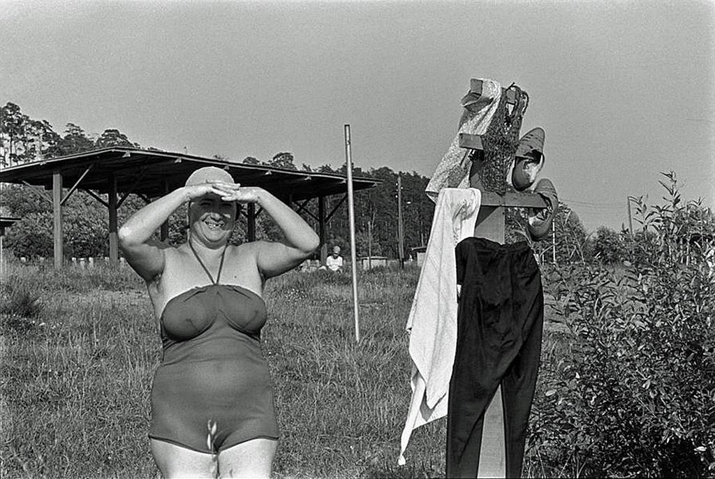 Пляж на Волге. 1965 Манос Константин