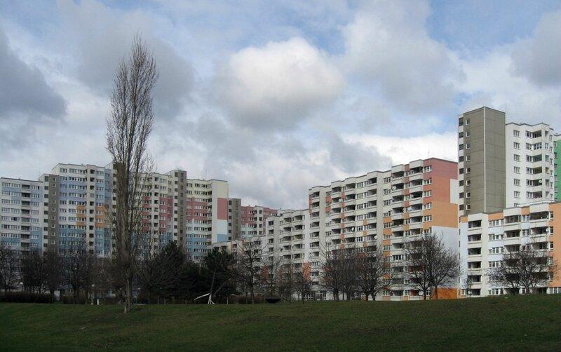gbWien_Rennbahnweg_Hof.jpg