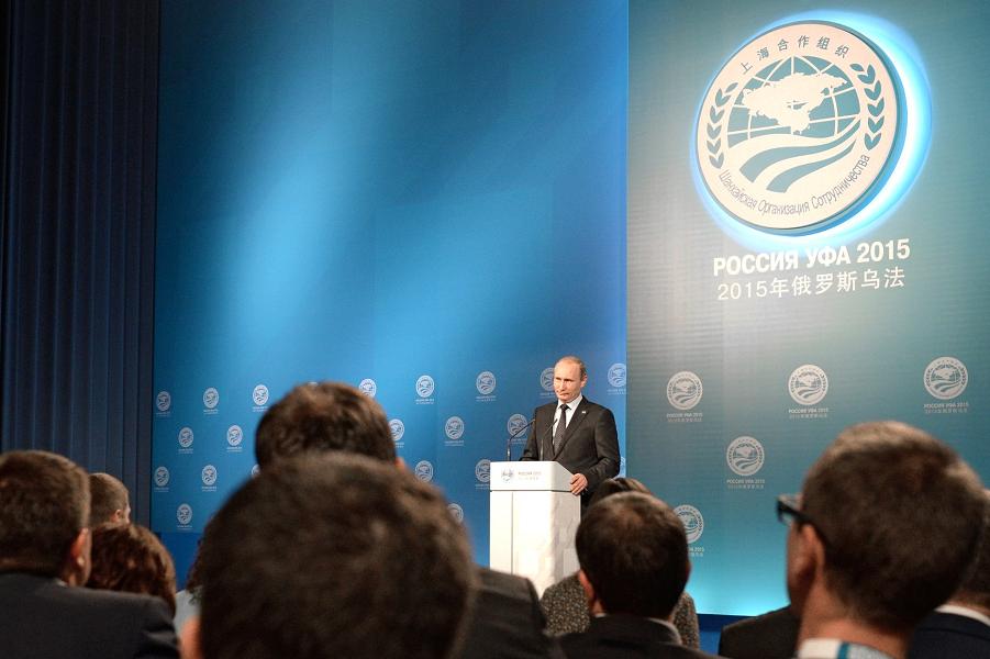 Пресс-конференция Путина по итогам саммитов БРИКС и ШОС в Уфе 10.07.15.png