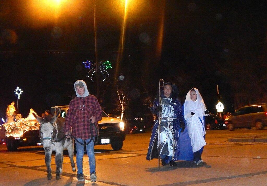 Christmas Parade-2015.