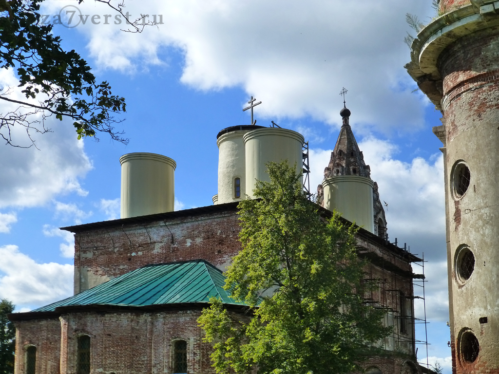 Комплекс храма Никиты Мученика и церкви Петра и Павла в Поречье (Ростовская область)