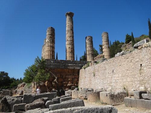 Дельфы - археологический заповедник в Греции -