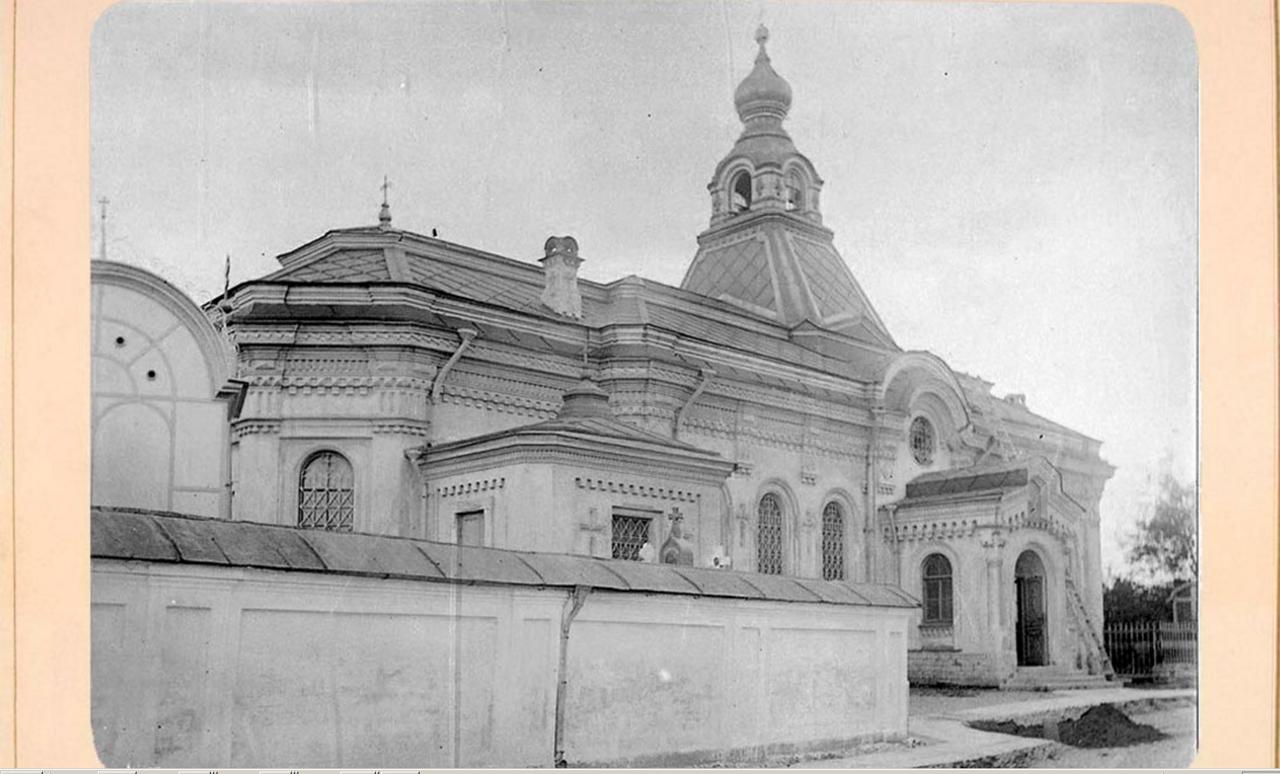 29. Церковь Тихвинской иконы Божией Матери на кладбище