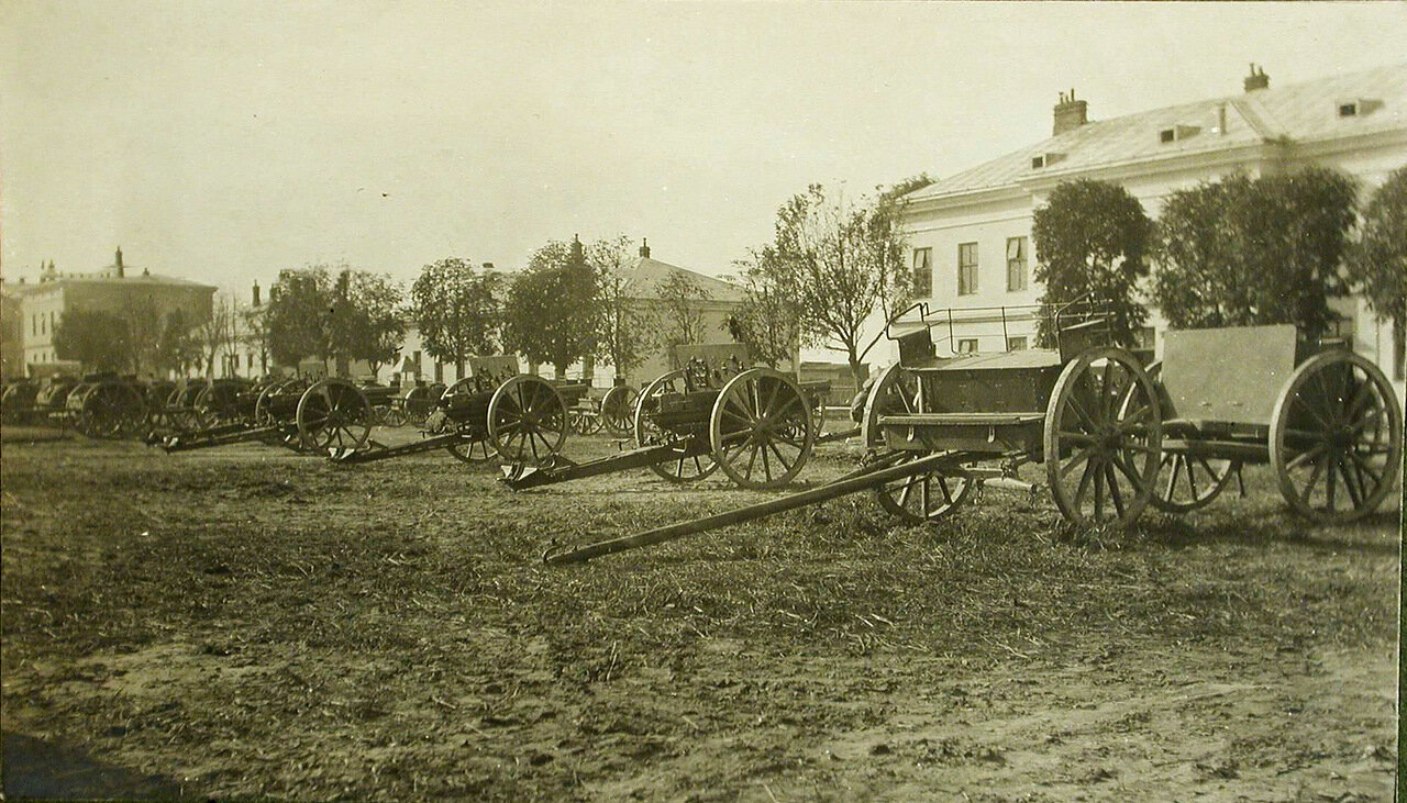 18. Вид австрийских орудий, составивших ополченскую батарею