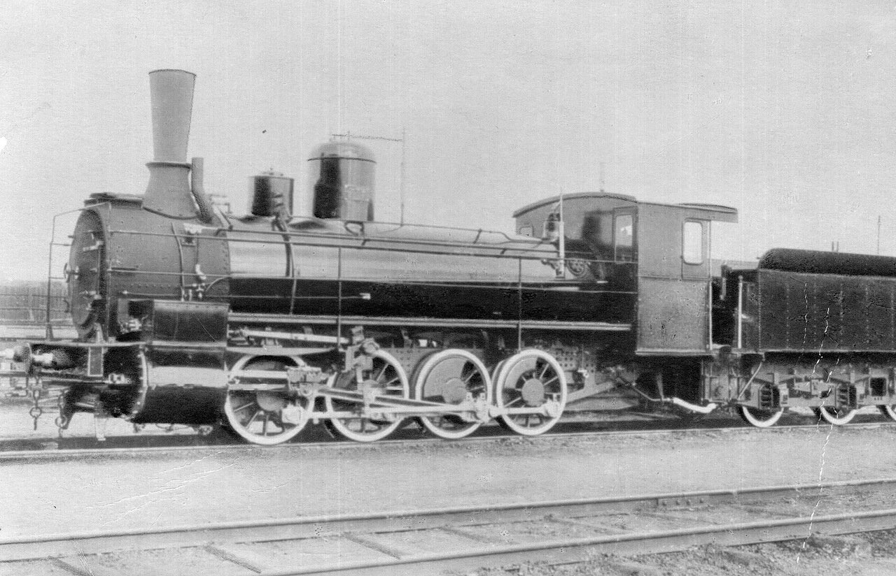 40. Товарный паровоз, выпущенный на заводе