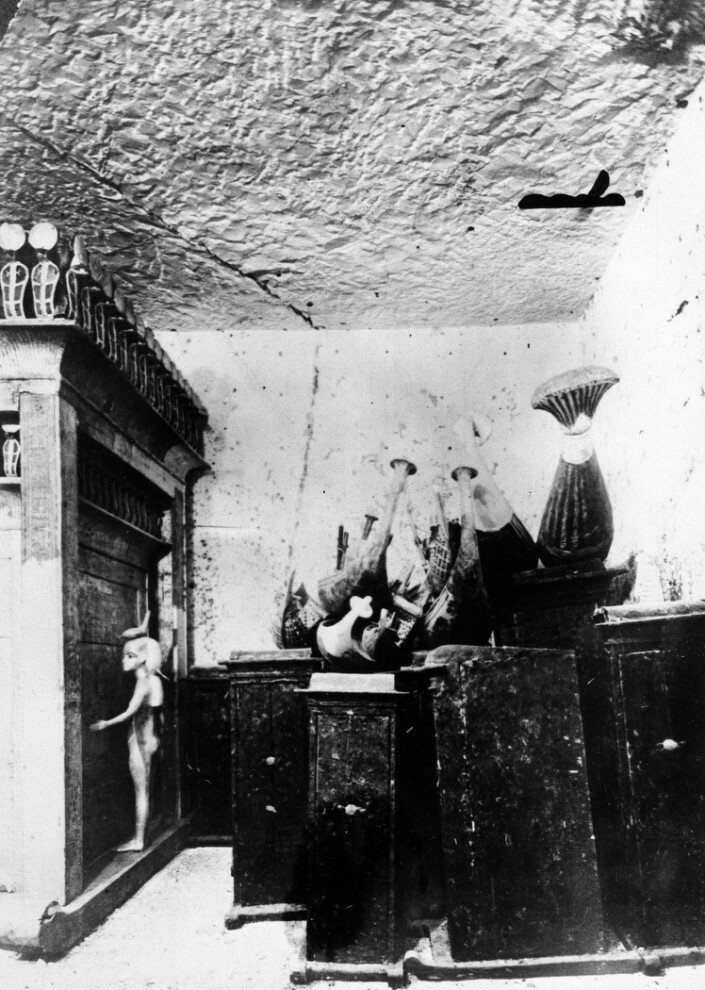 Некоторые из сокровищ, найденные в гробнице Тутанхамона в 1923 году