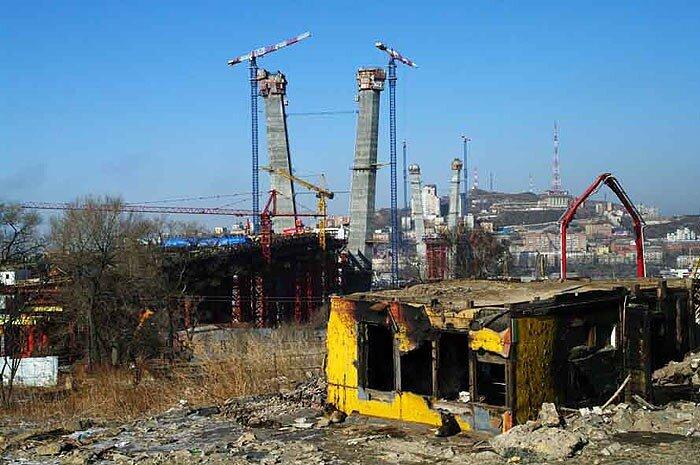 Объект саммита АТЭС 2012 в Приморье - мост через Золотой рог