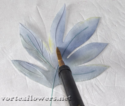 двойные листья для цветка из ткани