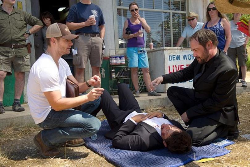 """Фото: кадры эпизода 10.03 """"Soul Survivor"""" (и за сценой сериала)"""