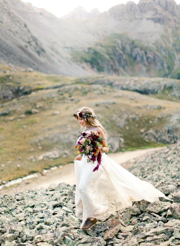 венки-из-цветов-фото-свадьба16.jpg