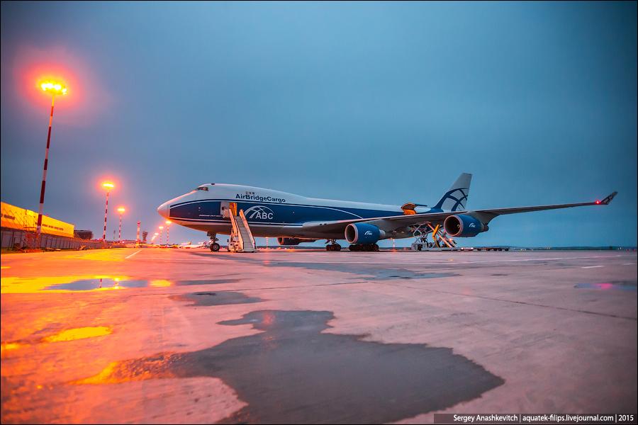 Грузовой Boeing 747-400F