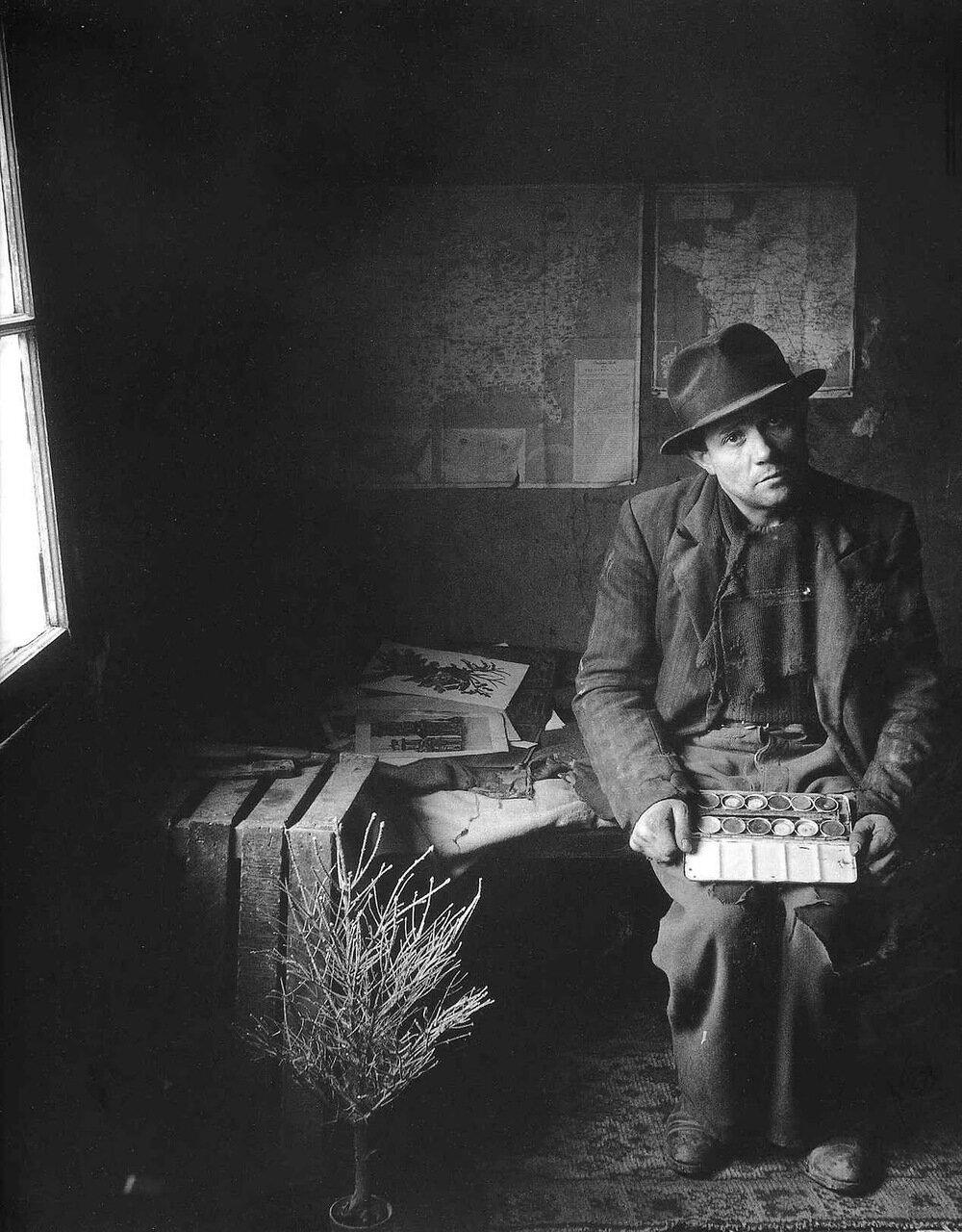1948. Дюваль, художник-рекламщик на рю Висконти, 5