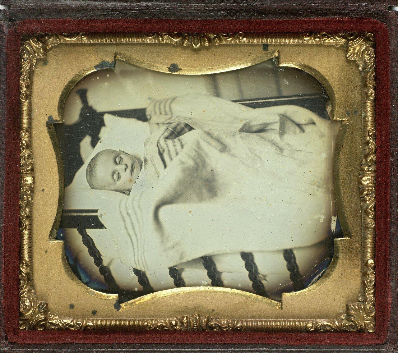 1840. Посмертная фотография младенца