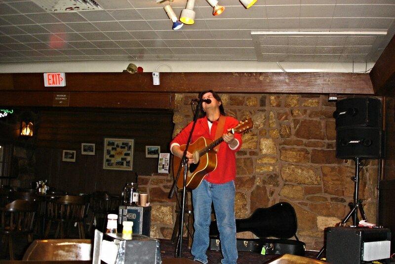 Гранд-каньон. Индеец, поющий в пустом баре.
