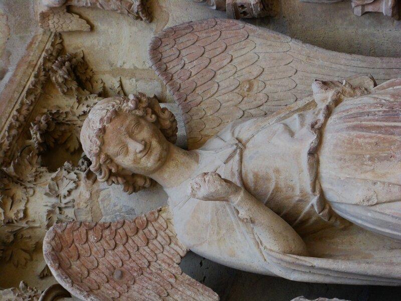 Улыбающийся ангел. Реймсский собор