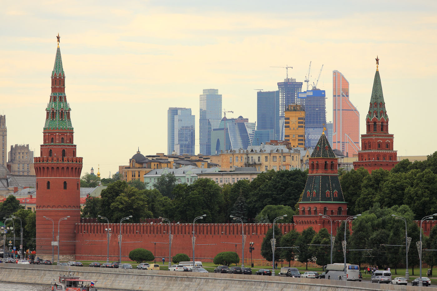 """Фото 14. Индия и Россия одинаково """"трепетно"""" относятся к архитектурному облику старинных городов."""